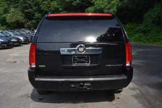 2011 Cadillac Escalade ESV Luxury Naugatuck, Connecticut 3