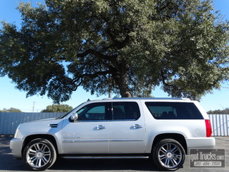 2011 Cadillac Escalade ESV Luxury 6.2L V8 AWD in San Antonio Texas