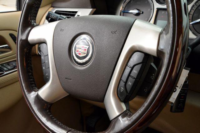 2011 Cadillac Escalade ESV Luxury San Antonio , Texas 12