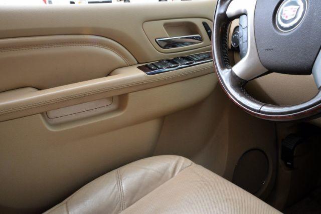 2011 Cadillac Escalade ESV Luxury San Antonio , Texas 13