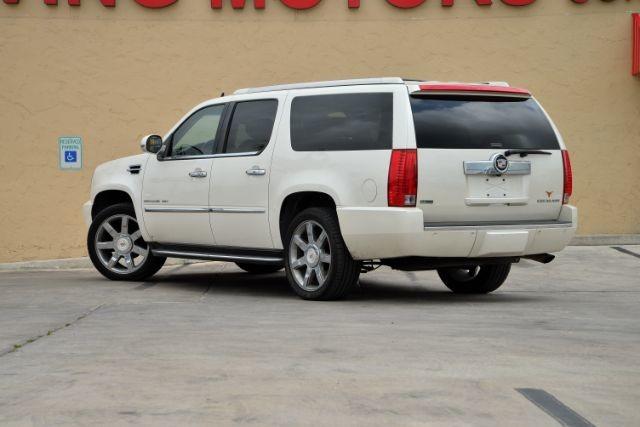 2011 Cadillac Escalade ESV Luxury San Antonio , Texas 7