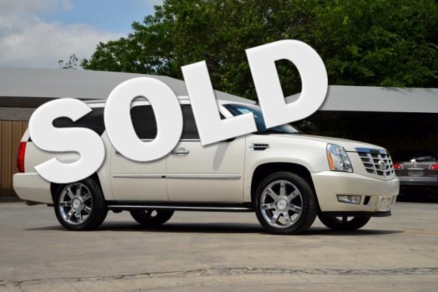 2011 Cadillac Escalade ESV Base San Antonio , Texas 0