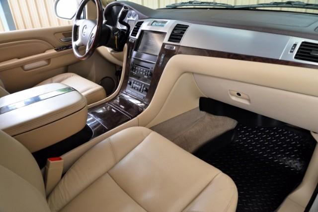 2011 Cadillac Escalade ESV Base San Antonio , Texas 10