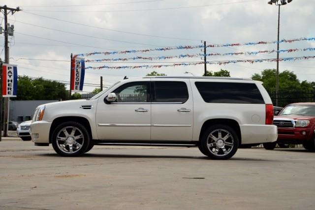 2011 Cadillac Escalade ESV Base San Antonio , Texas 2