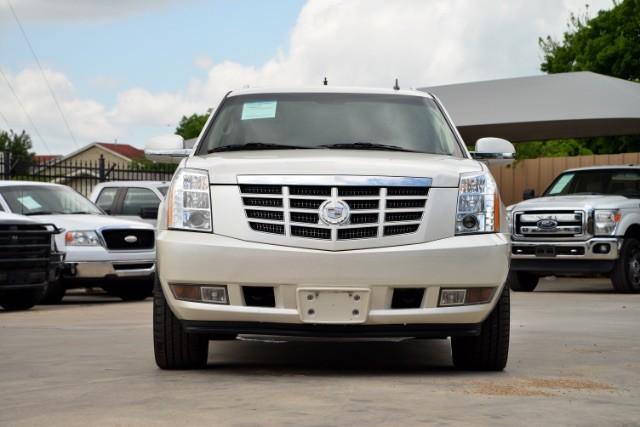 2011 Cadillac Escalade ESV Base San Antonio , Texas 3