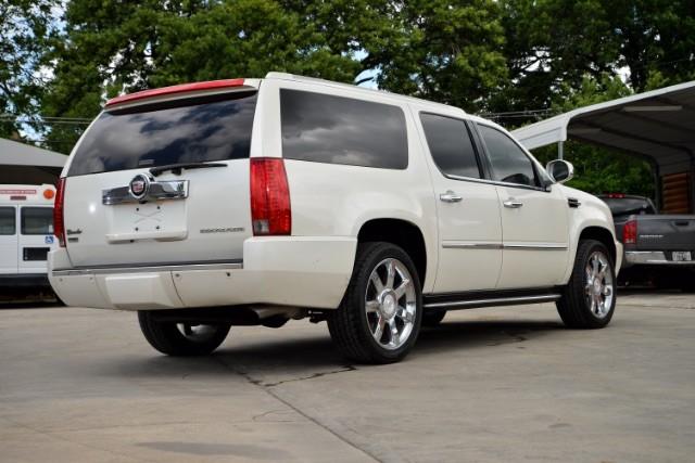 2011 Cadillac Escalade ESV Base San Antonio , Texas 5
