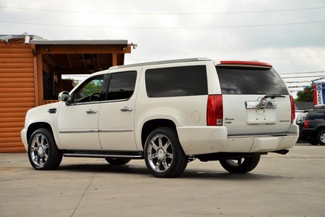 2011 Cadillac Escalade ESV Base San Antonio , Texas 7