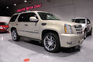 2011 Cadillac Escalade in Lake Forest, IL