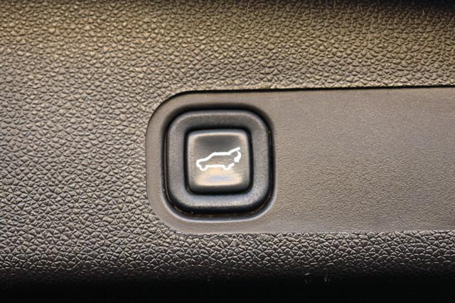 2011 Cadillac Escalade ESV Premium Phoenix, AZ 18