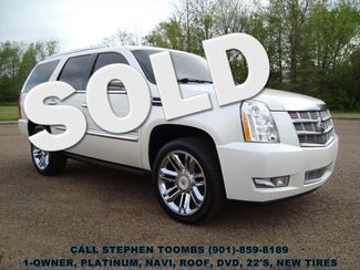 2011 Cadillac Escalade PLATINUM 1-OWNER, NAVI, ROOF, 3 DVD's, 22's, NEW TIRES in  Tennessee
