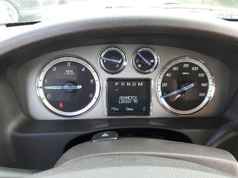 2011 Cadillac Escalade Premium  in Victoria, MN
