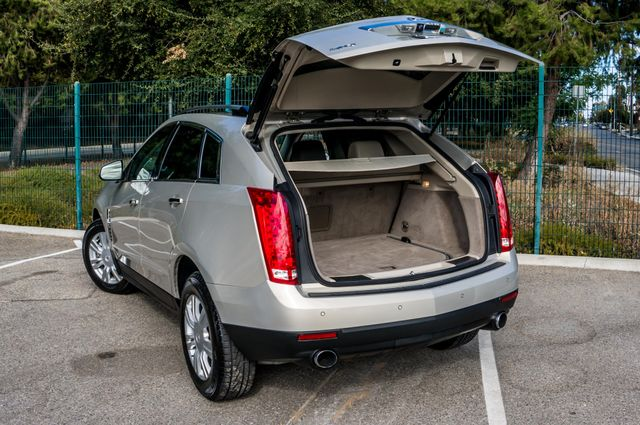 2011 Cadillac SRX Luxury Collection - NAVI - BOSE - HTD STS Reseda, CA 9