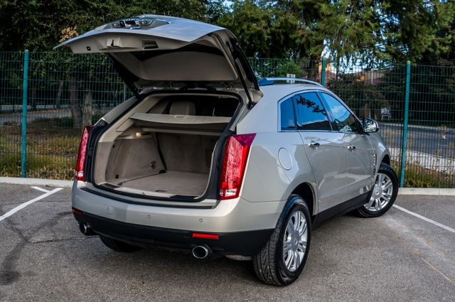 2011 Cadillac SRX Luxury Collection - NAVI - BOSE - HTD STS Reseda, CA 10