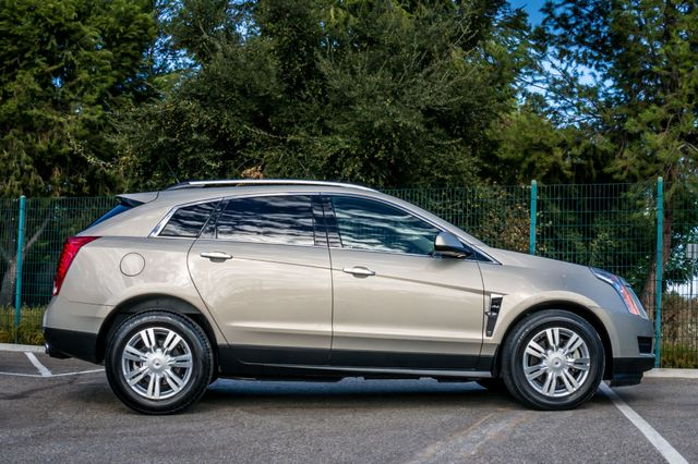 2011 Cadillac SRX Luxury Collection - NAVI - BOSE - HTD STS Reseda, CA 5