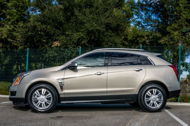 2011 Cadillac SRX Luxury Collection - NAVI - BOSE - HTD STS Reseda, CA 4