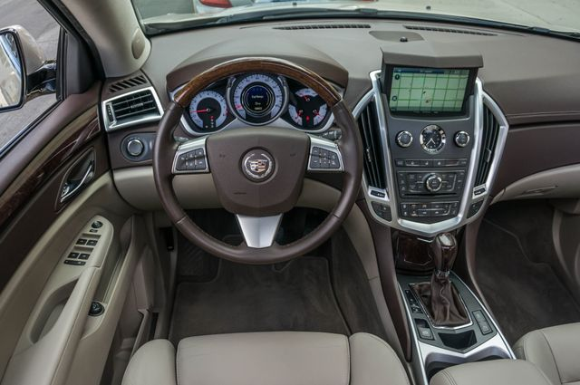 2011 Cadillac SRX Luxury Collection - NAVI - BOSE - HTD STS Reseda, CA 18