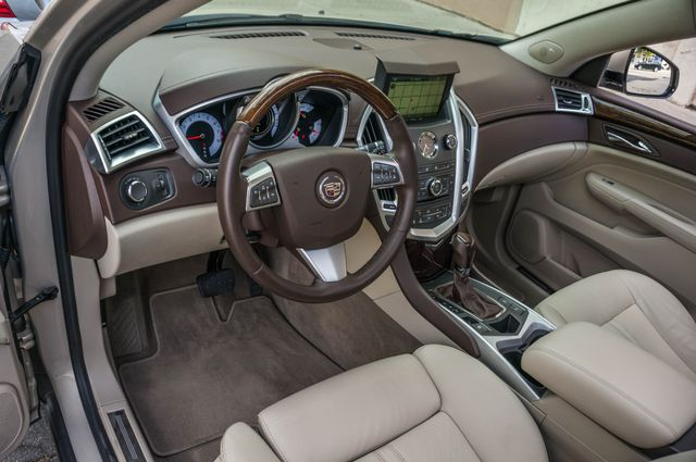 2011 Cadillac SRX Luxury Collection - NAVI - BOSE - HTD STS Reseda, CA 14