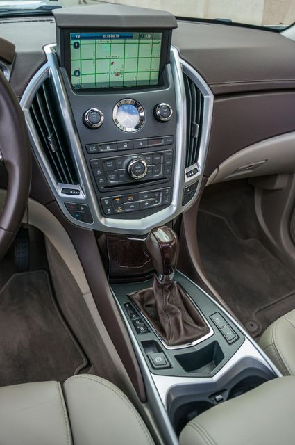 2011 Cadillac SRX Luxury Collection - NAVI - BOSE - HTD STS Reseda, CA 23