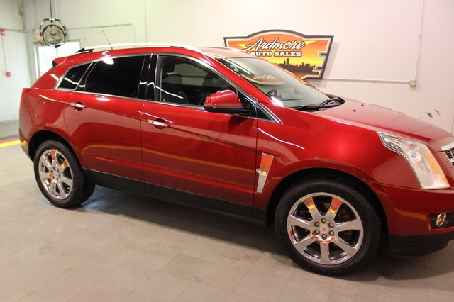 2011 Cadillac SRX Premium Collection  city Illinois  Ardmore Auto Sales  in West Chicago, Illinois
