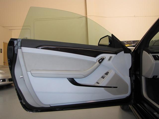 2011 Cadillac V-Series Jacksonville , FL 40