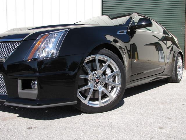 2011 Cadillac V-Series Jacksonville , FL 9