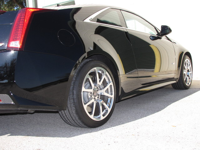 2011 Cadillac V-Series Jacksonville , FL 14
