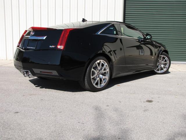 2011 Cadillac V-Series Jacksonville , FL 1