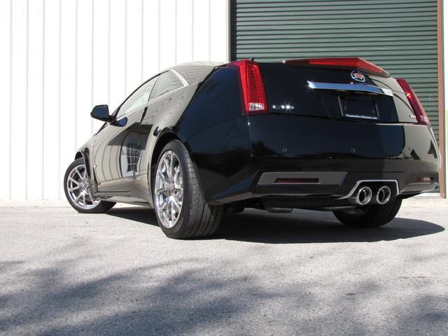 2011 Cadillac V-Series Jacksonville , FL 3