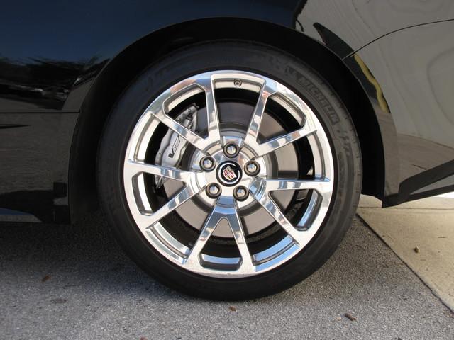 2011 Cadillac V-Series Jacksonville , FL 25