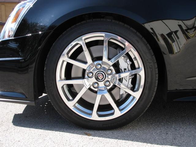 2011 Cadillac V-Series Jacksonville , FL 24