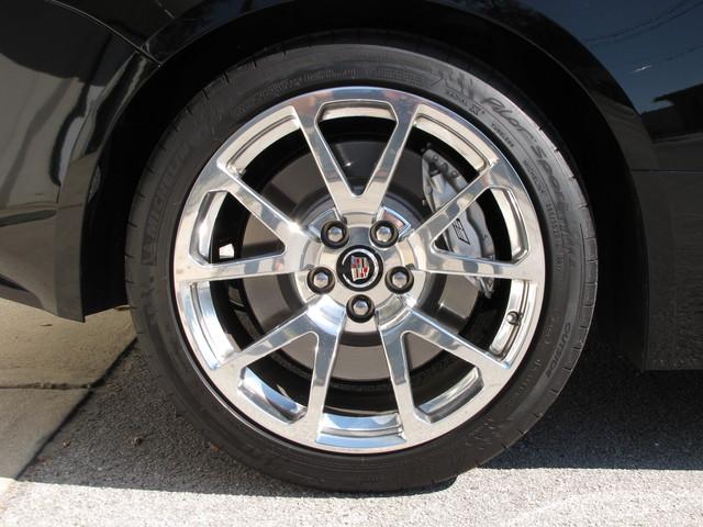 2011 Cadillac V-Series Jacksonville , FL 26