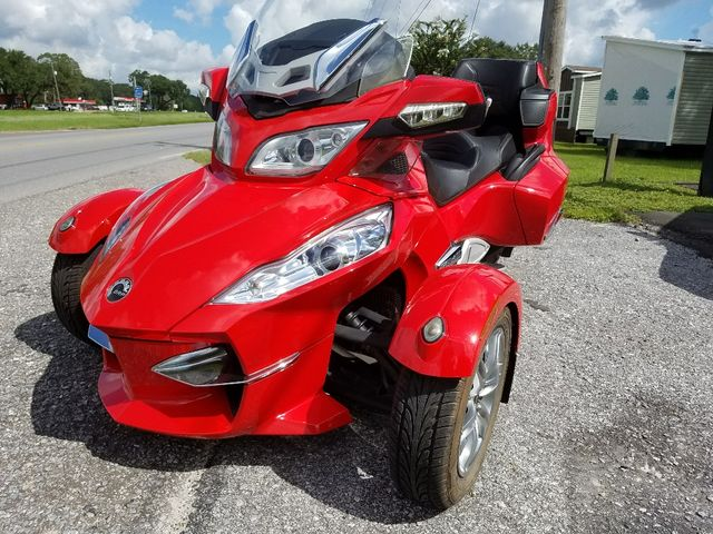 2011 Can-Am™ Spyder Roadster RT-Limited Pensacola, Florida 1