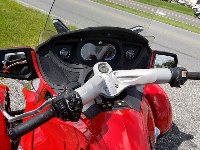 2011 Can-Am™ Spyder Roadster RT-Limited Pensacola, Florida 2