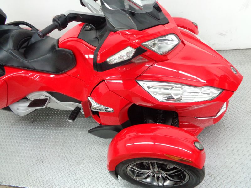 2011 Can-Am Spyder RT-S SM5  Oklahoma  Action PowerSports  in Tulsa, Oklahoma