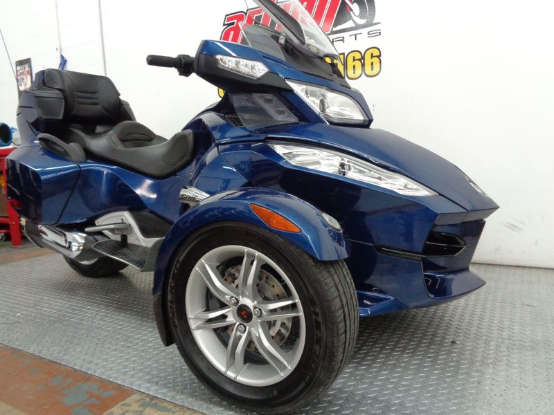 2011 Can-Am Spyder RT SE5   Oklahoma  Action PowerSports  in Tulsa, Oklahoma