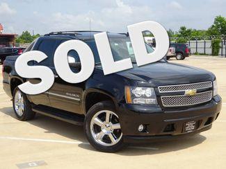 2011 Chevrolet Avalanche LTZ | Houston, TX | American Auto Centers in Houston TX