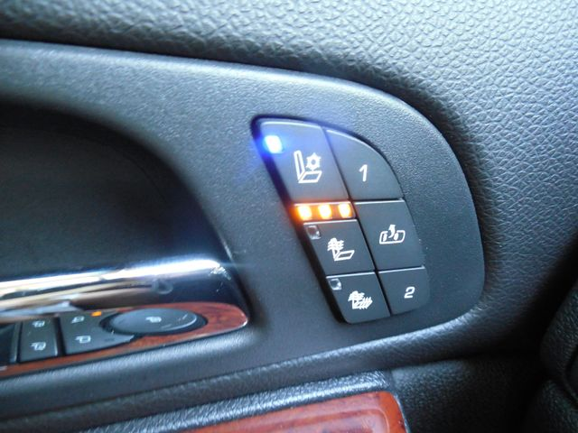 2011 Chevrolet Avalanche LTZ Leesburg, Virginia 24