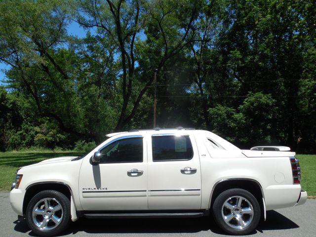 2011 Chevrolet Avalanche LTZ Leesburg, Virginia 5