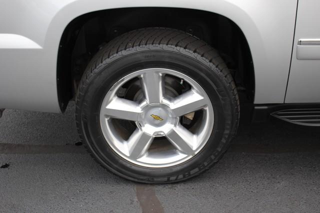 2011 Chevrolet Avalanche LTZ RWD - NAVIGATION - SUNROOF! Mooresville , NC 41