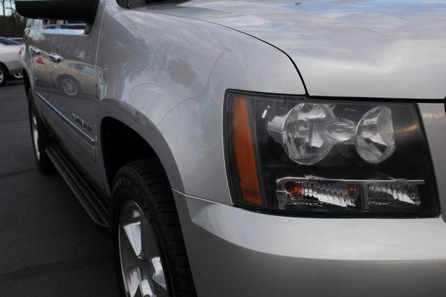 2011 Chevrolet Avalanche LTZ RWD - NAVIGATION - SUNROOF! Mooresville , NC 26