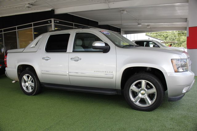 2011 Chevrolet Avalanche LTZ RWD - NAVIGATION - SUNROOF! Mooresville , NC 23