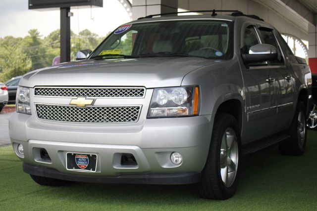 2011 Chevrolet Avalanche LTZ RWD - NAVIGATION - SUNROOF! Mooresville , NC 28