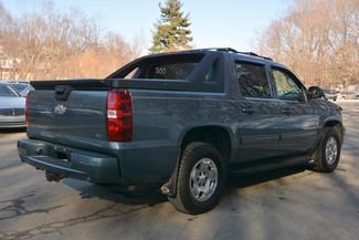 2011 Chevrolet Avalanche Naugatuck, Connecticut 4