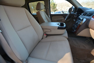 2011 Chevrolet Avalanche Naugatuck, Connecticut 9