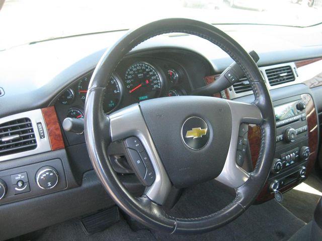 2011 Chevrolet Avalanche LS 4X4 Richmond, Virginia 8