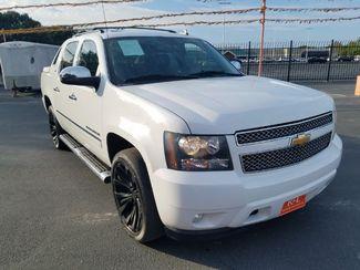 2011 Chevrolet Avalanche LTZ San Antonio, TX 3