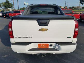 2011 Chevrolet Avalanche LTZ San Antonio, TX 6