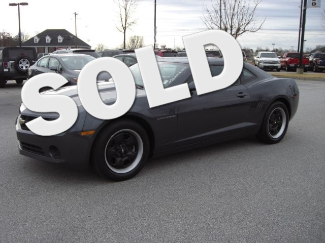 2011 Chevrolet Camaro 2LS SUPER SAHRP VEHICLE CLEAN INSIDE AND OUT PRICED TO SELL VIN 2G1FA1E