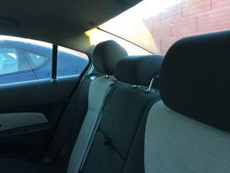 2011 Chevrolet Cruze LS AUTOWORLD (702) 452-8488 Las Vegas, Nevada 4