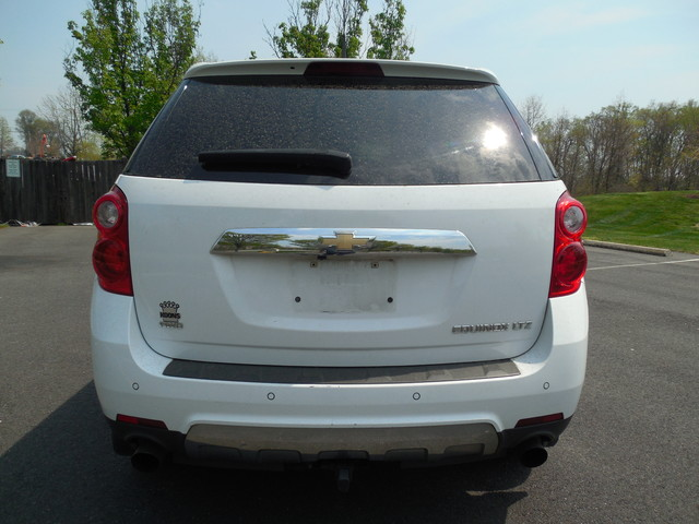 2011 Chevrolet Equinox LTZ Leesburg, Virginia 7